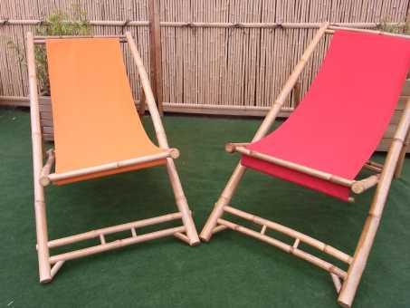 Bambus-Liegestuhl mit Stoffbezug