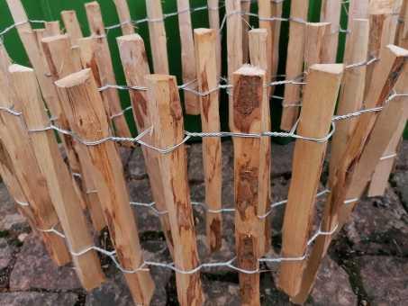 Steckzaun-Beetumrandung Haselnuss 33 /50 cm Hoch, Größen