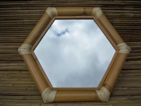Bambus-Wandspiegel X
