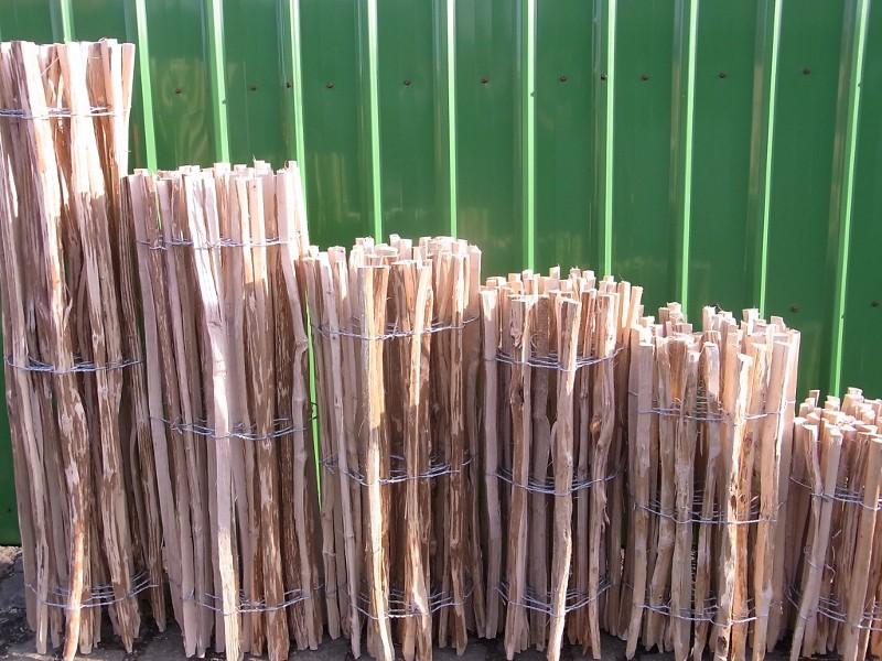 bambushandel leipzig staketenzaun l rche abstand 7 9 cm vd h hen l nge 500 cm m bel aus. Black Bedroom Furniture Sets. Home Design Ideas